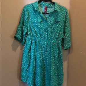 Green dress with purple dots